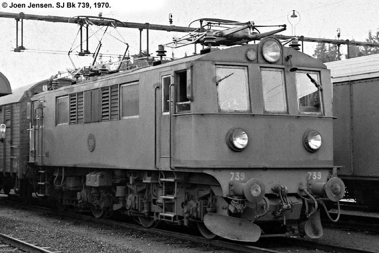 SJ Bk 739