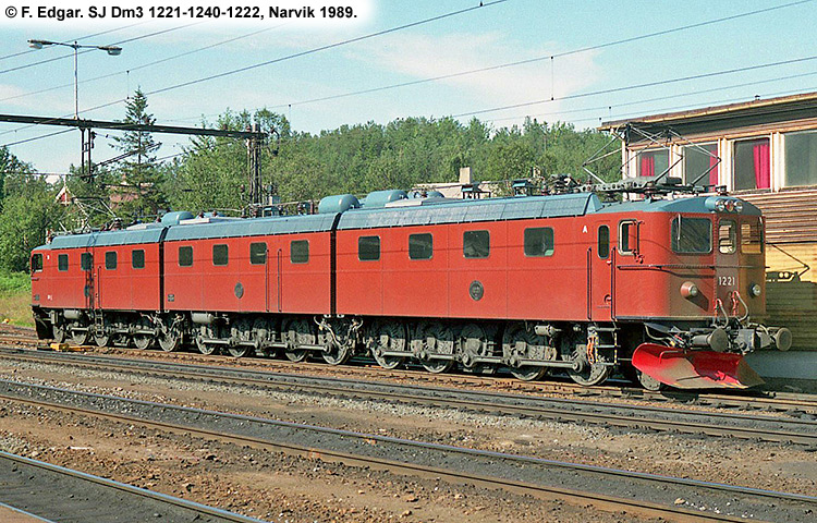 SJ Dm 1221