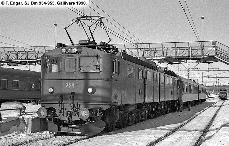 SJ Dm 954