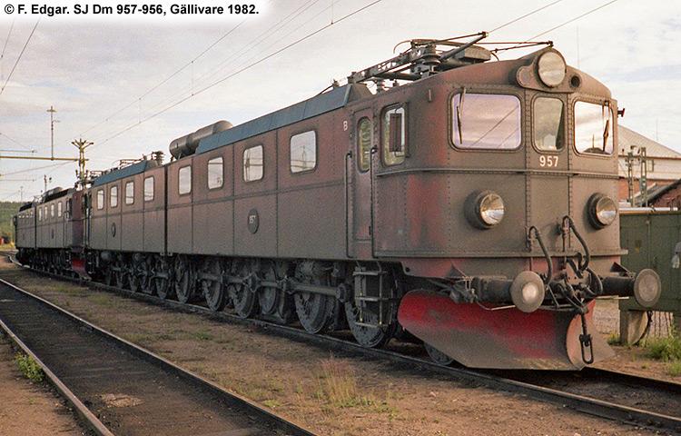 SJ Dm 957