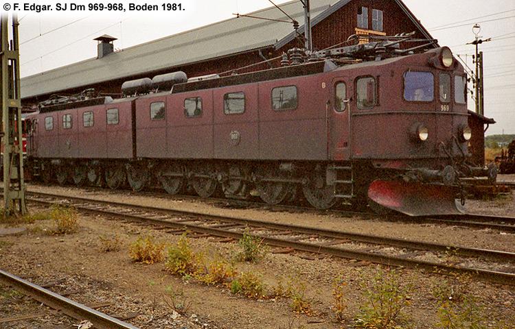 SJ Dm 969