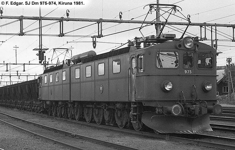 SJ Dm 975