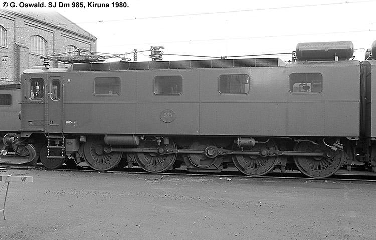SJ Dm 985