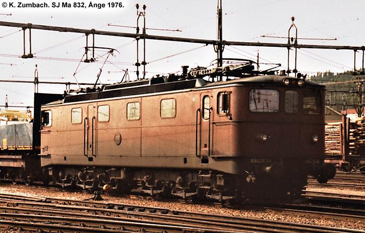 SJ Ma 832