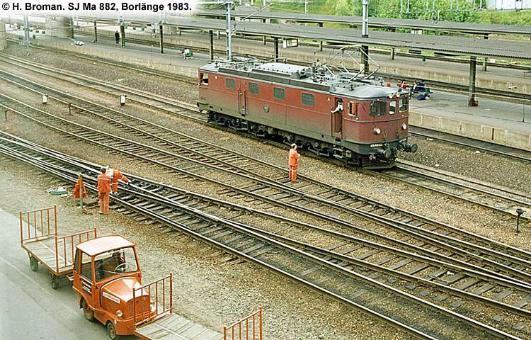 SJ Ma 882