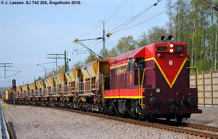 SJ T42 205